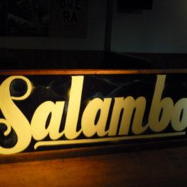 Disco Pub Salambo, Solares